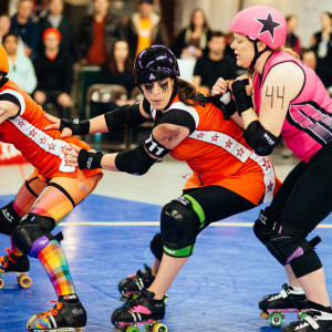 Mama Wrecking Ball Blocking against Sin Gria Jammer for the Pistols. Season 7